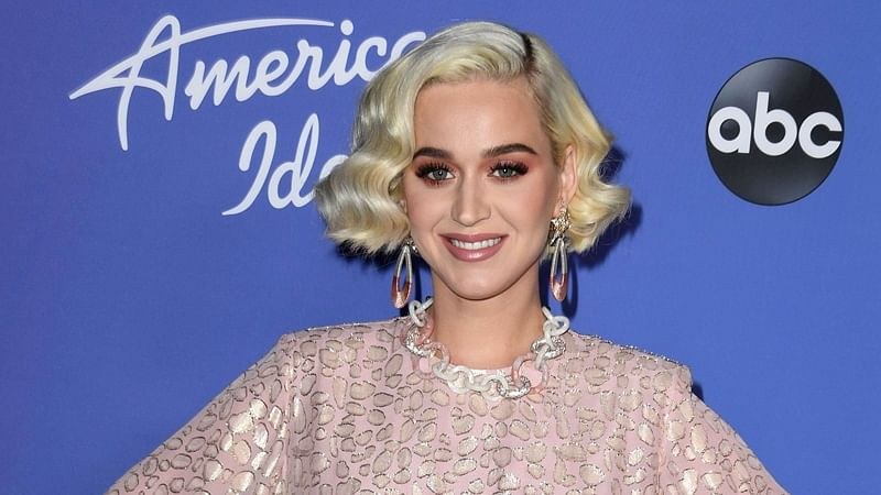 Did Katy Perry's unborn daughter just give her the finger during ultrasound?