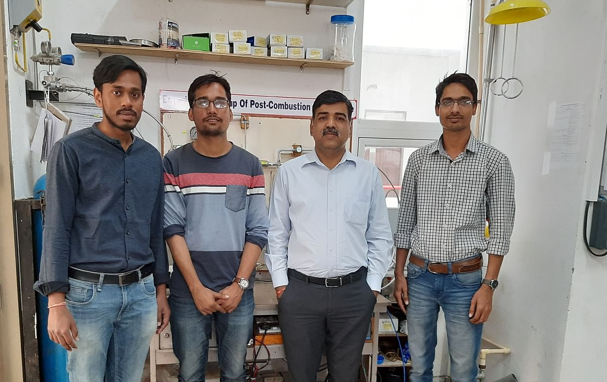 Indore: IIT researchers develop technique to use lab waste for CO2 capture