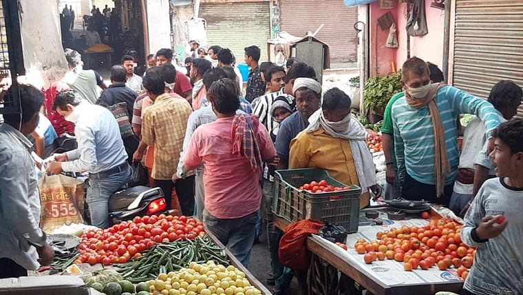 Mumbai rains: Here's how much tomatoes and other veggies will cost thanks to the monsoons