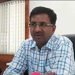 Indore: Full govt staff strength at offices from Monday, says Collector Manish Singh