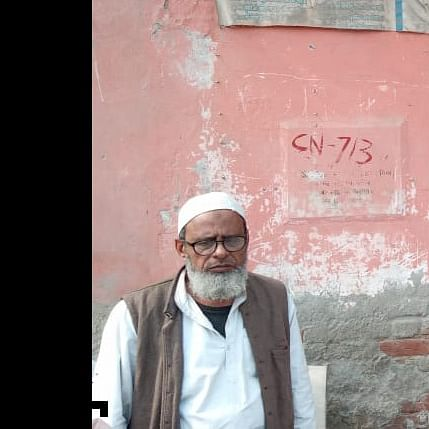 Beyond Religion: Muslim man protects Shiv temple from being vandalised by mobs in Northeast Delhi