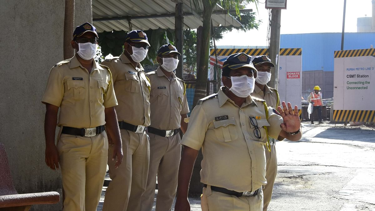 Mass drive in Mumbai to penalise those not wearing mask