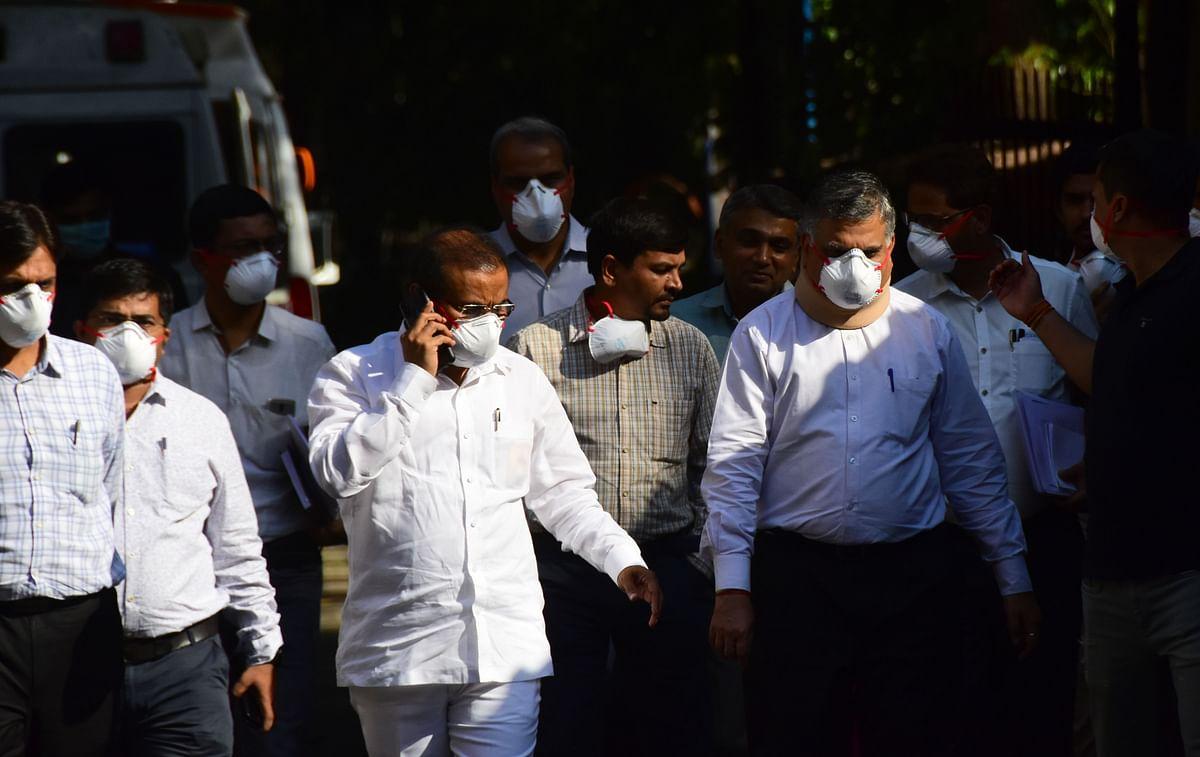 Health Minister Rajesh Tope at Kasturba Hospital