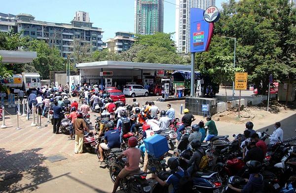 Coronavirus in Mumbai: Fuel rationing to avert crowd