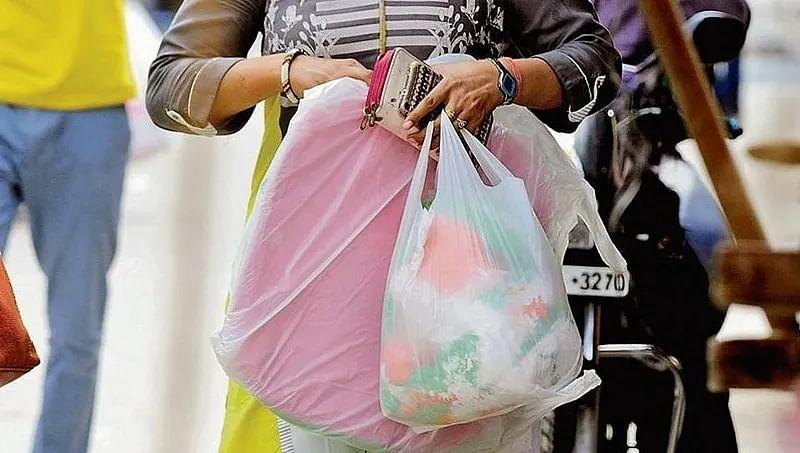 Navi Mumbai: COVID-19 slows down action against use of banned plastics
