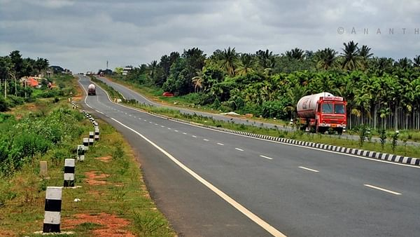 Highways Ministry releases over Rs 10,000 crore under Atmanirbhar Bharat scheme