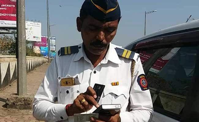 Mumbai: Traffic cops go door-to-door collecting pending fines, recover Rs 1 cr in 15 days