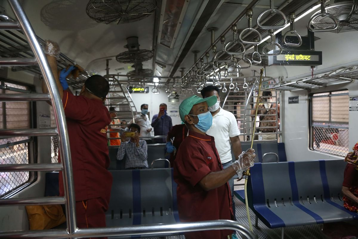Mumbai: Lawyers permitted to travel in special local trains
