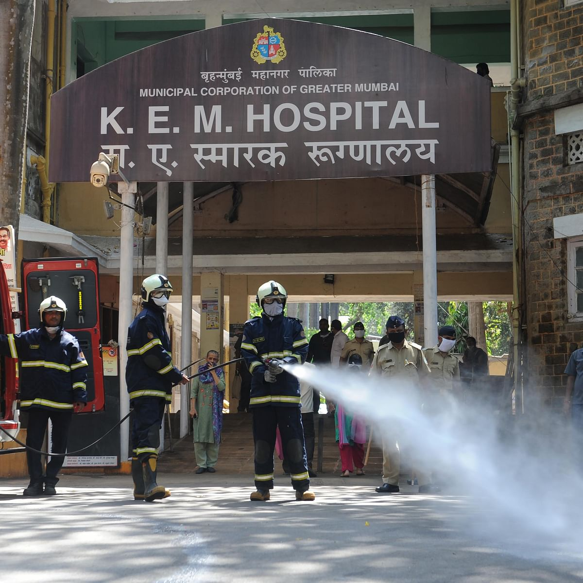 Coronavirus in Mumbai: Denied sick leave, KEM worker dies of COVID-19; family members test positive