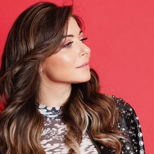 After recovering from COVID-19, Bollywood singer Kanika Kapoor offers to donate plasma to treat other patients