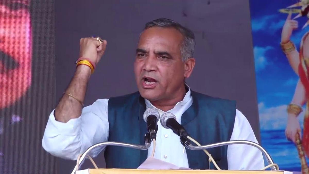 Madhya Pradesh: Chances of Kamal Nath govt's survival is 50-50, says Ram Niwas Rawat, Congress working president