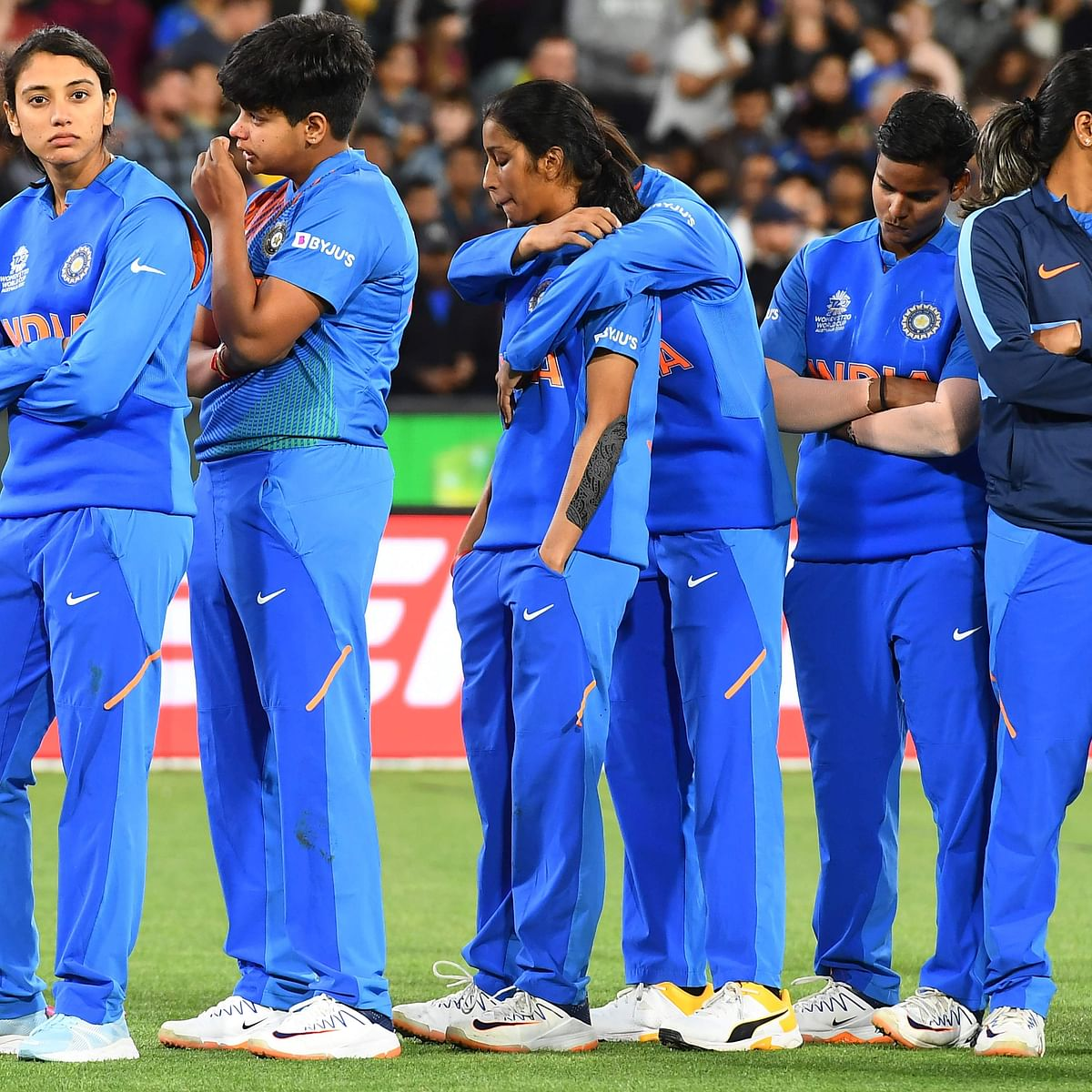 'Dil jeetne wala cricket khela humari ladkiyon ne': Twitter reacts after India lose to Australia in T20 World Cup final