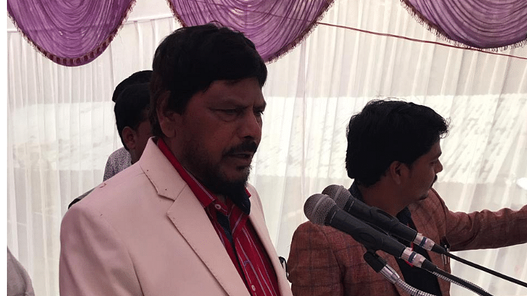 'Go corona, corona go': Union Minister Ramdas Athawale's chant to ward off COVID-19 is the most hilarious thing today