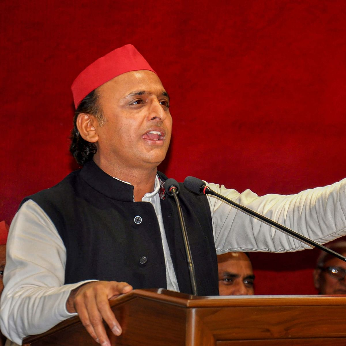 It's all in the stars: SP to win 350 out of 403 seats in UP, astrologer tells Akhilesh Yadav