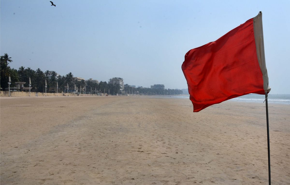 Juhu beach has banned visitors in order to fight coronavirus pandemic.