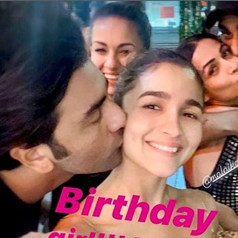 When Ranbir Kapoor kissed Alia Bhatt, and Arjun Kapoor mimicked it with Malaika Arora on a romantic double date