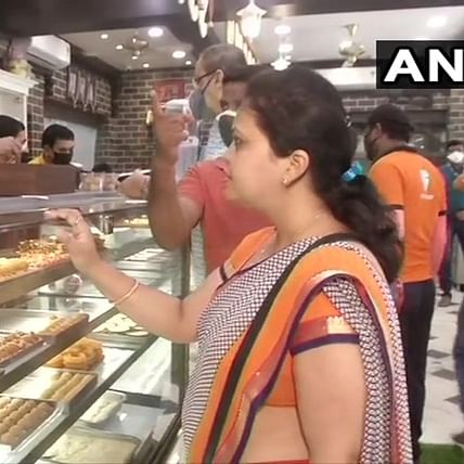 'Why can't wine shops remain open?': Twitter reacts West Bengal govt's decision to keep sweet shops open for four hours a day