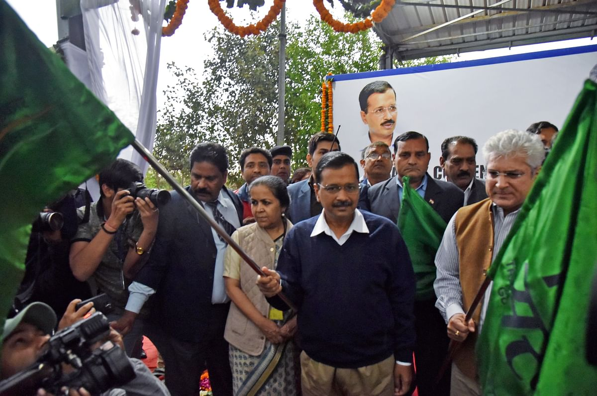 'Transport system of Delhi will be a model', says CM Arvind Kejriwal after flagging off 100 low floor air-conditioned CNG buses