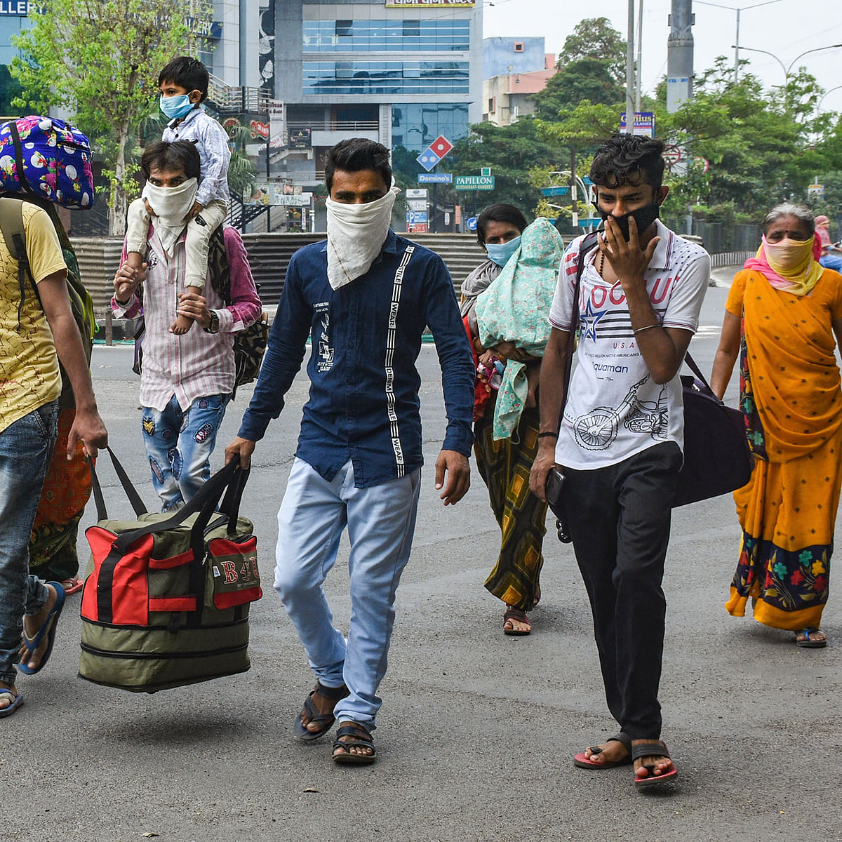 Amid the coronavirus outbreak, here's India's toughest question: Can India's slum dwellers follow a lockdown?