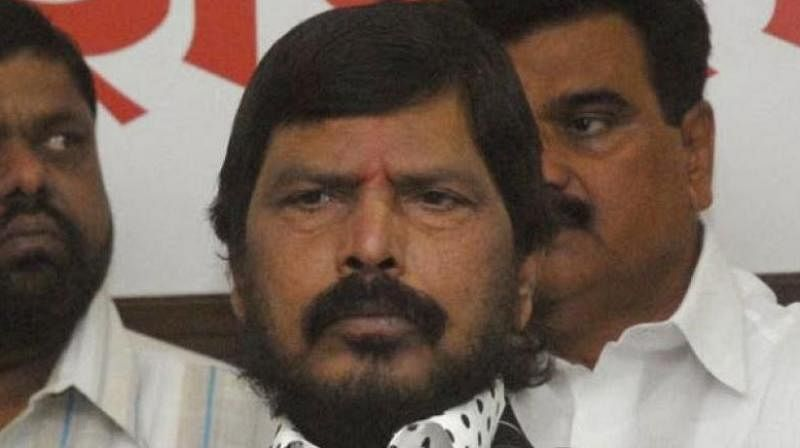 Mumbai: Farmers' leaders should discuss with govt and resolve stir, says Ramdas Athawale