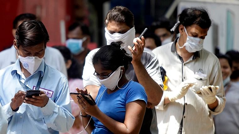Coroanvirus in Mumbai: 30 Sion hospital staff quarantined after patient who underwent surgery tests positive for COVID-19