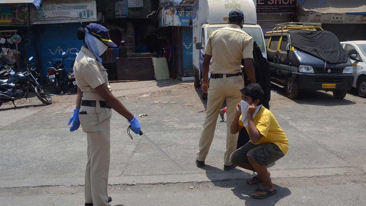 Mumbai police punish lockdown violators   Representational image