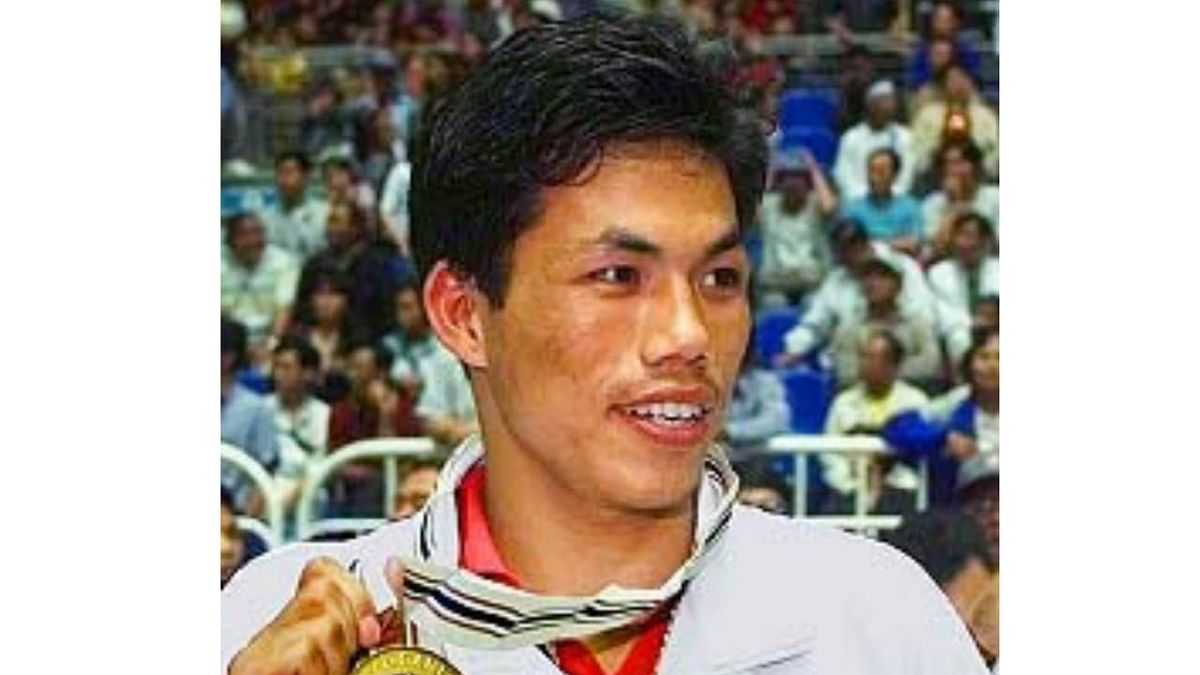 Gold medallist boxer Dingko Singh to fly to Delhi via SpiceJet's air ambulance for cancer treatment amid COVID-19 lockdown