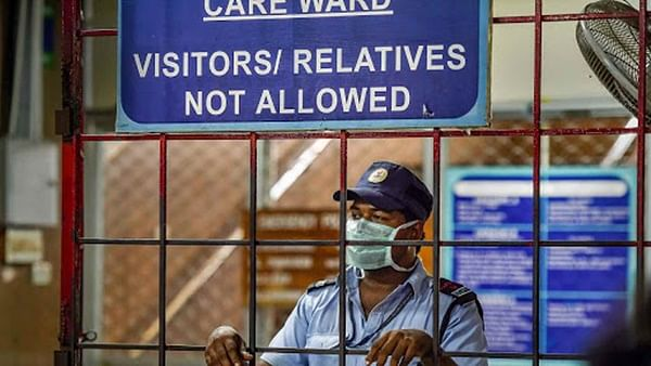 Coronavirus in Mumbai: Muslim cremated after burial ground says 'no'