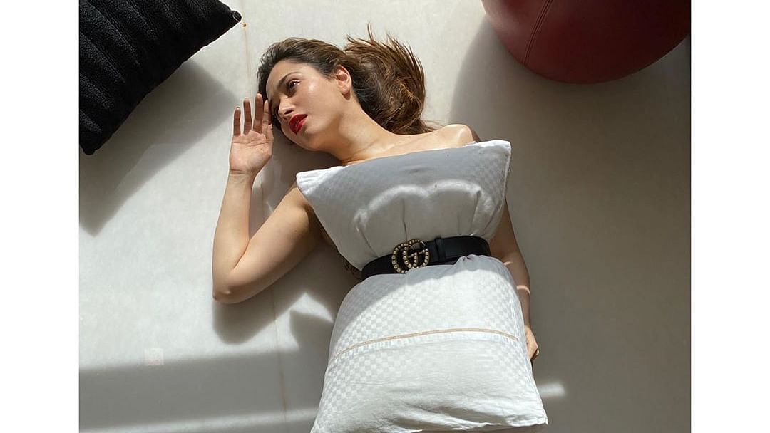 Tamannaah Bhatia bares it all to take the 'pillow challenge' amid quarantine