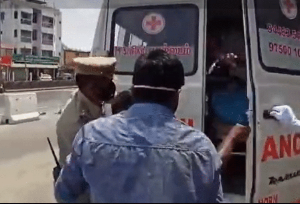 Tamil Nadu Police acts very extra, drags unmasked youth into an ambulance with COVID-19 'patient'