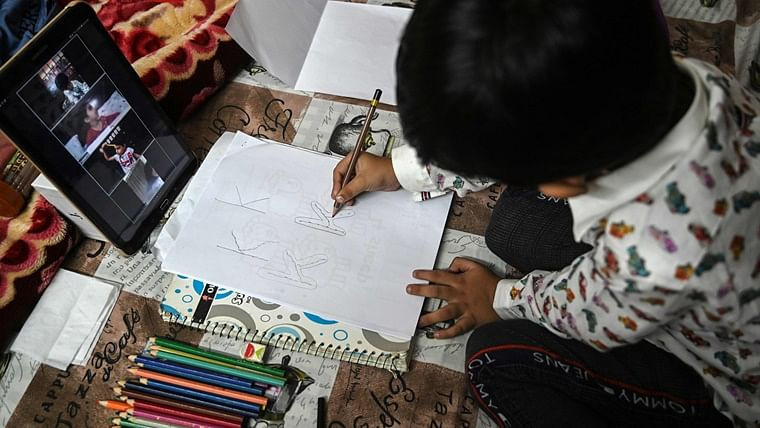 CBSE collaborates with CRPF to organise 'Poster Challenge' to creatively involve youth in fight against coronavirus