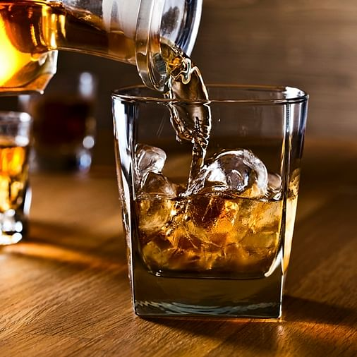 Mumbai: Woman loses ₹1.6 lakh while ordering liquor online in Malad