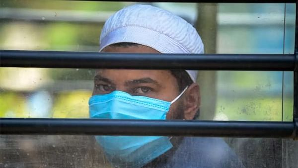 Bhopal: Bound by faith, Muslims stand for nation, give sample for coronavirus test despite fear of desecarate Ramzan's fast