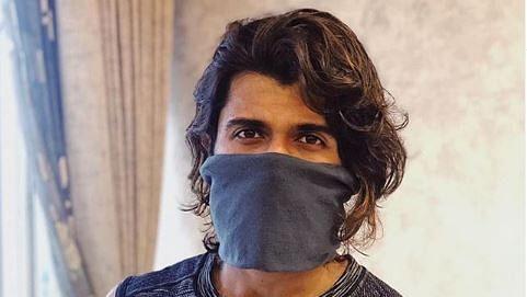 'Leave medical masks for doctors, go for homemade options': Vijay Deverakonda