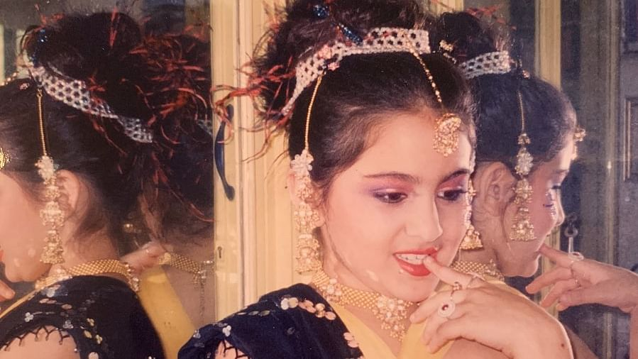 Sara Ali Khan shares adorable childhood pics, says 'Mere Sapno Ki Rani Hamesha Main Thi'