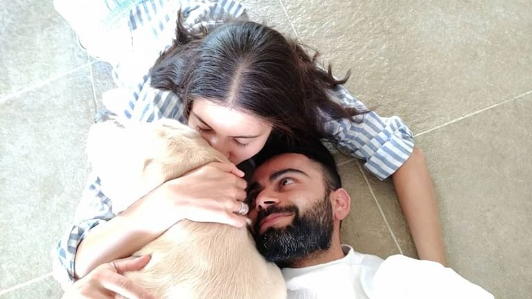 'The way he looks at her': Anushka Sharma, Virat Kohli's adorable pic is making the internet feel lovesick!