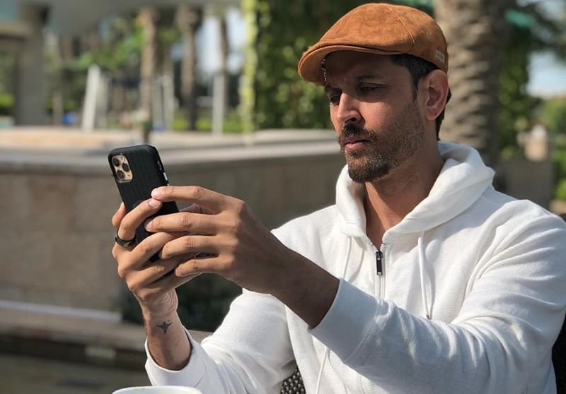 Hrithik's Thursday selfie leaves fans impressed
