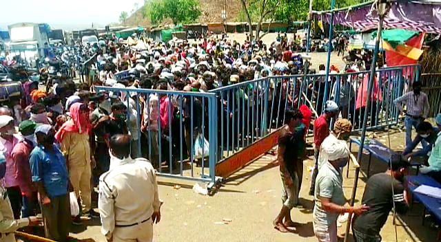 Scores of migrant workers today were stopped by the police at state border after they were trying to enter into the state from Maharashtra, as They are stranded between Mumbai-Barwani stretch of National Highway 3 near Sendhwa on Thursday