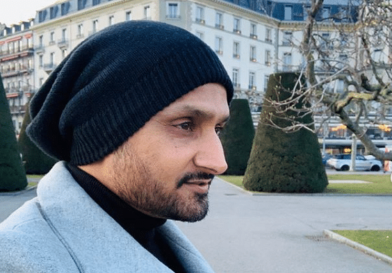 'There is no vaccine for stupidity yet': Harbhajan Singh brutally trolled for asking 'do we seriously need COVID-19 vaccine'