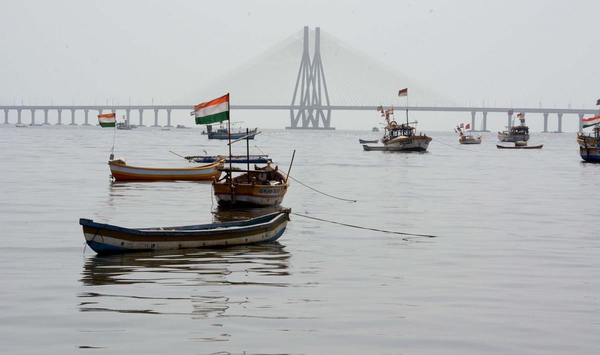 Mumbai: 2 bodies found, 1 still missing in Madh, boat capsize incident