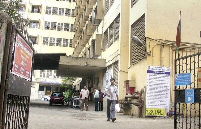 Coronavirus in Mumbai: Pregnant woman disappears from hospital, traced to Bandra