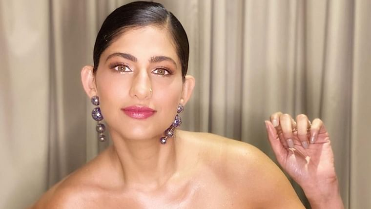 Kubbra Sait laughs off attack on Arnab Goswami, wonders if he's 'a journalist or Roadies host'