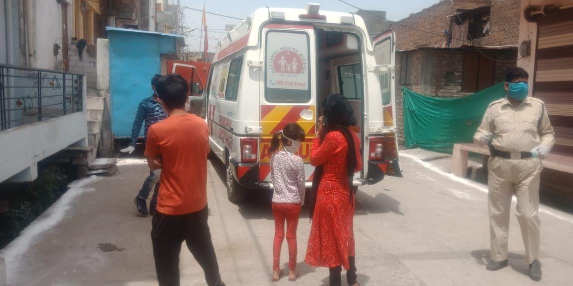 Coronavirus in Bengal: 60-year-old dies in ambulance as Kolkata hospital waits for payment