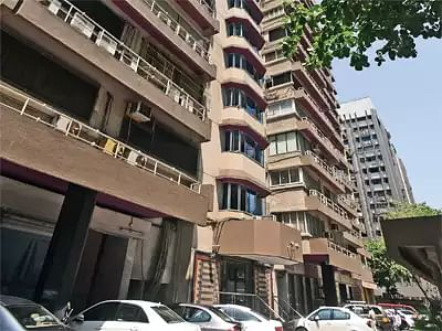 Mumbai: Drunk teen dies after collapsing from 15th floor of Andheri building