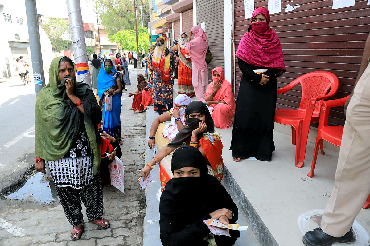 Coronavirus in UP: Yogi govt to start pool testing of COVID-19 suspects, to take up testing to 4,000 tests a day
