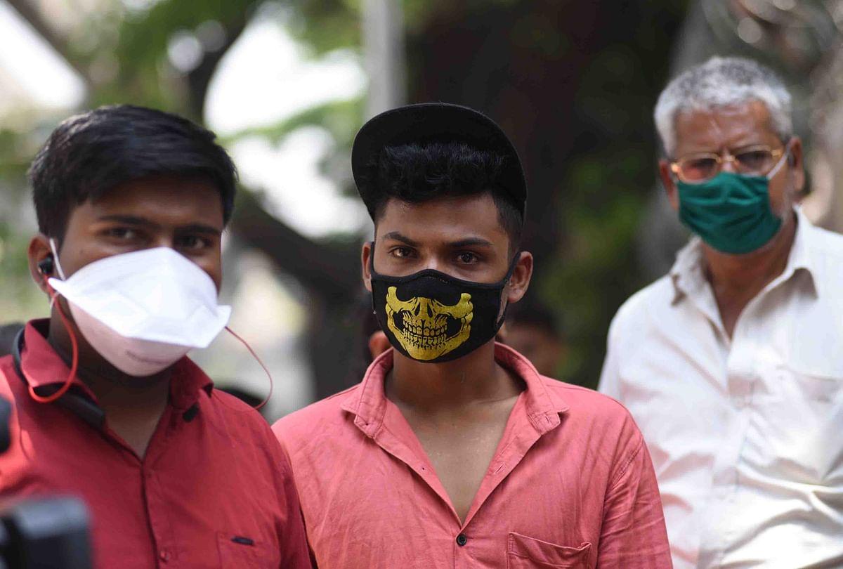 Coronavirus in Mumbai: 3-ply masks scarce, cloth versions sell at premium
