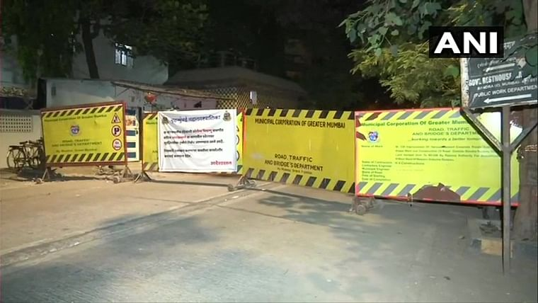 Security personnel deployed at Matoshree kept in isolation after they visited tea vendor who tested positive for coronavirus