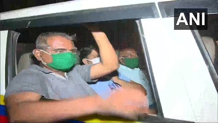 Mob at Bandra: Vinay Dubey detained by Navi Mumbai police for threatening a protest by migrant workers on April 18