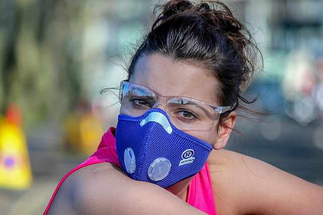 Study links air pollution with higher death rates of coronavirus
