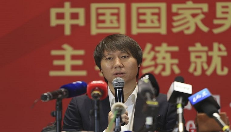 China's national team to feature more naturalized players, says coach Li